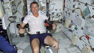 astronaut hopkins  workout in space 5