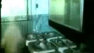 Βίντεο με μορφή που μοιάζει με φάντασμα που πρέπει να δεις.100% πραγματικό!