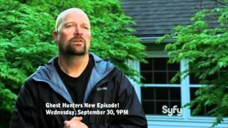 """Ghost Hunters """"There Ghosts the Neighborhood"""" Sneak Peek"""
