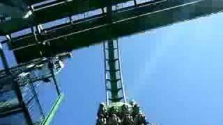 Hulk Roller Coast Ride