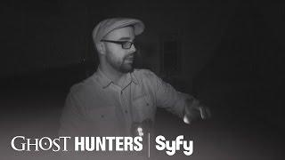 GHOST HUNTERS (Clips) | 'Dracula' | Syfy