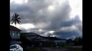 Stunning video footage of UFOs in 2014  Потрясающие видео кадры НЛО 2014!  UFO 2015