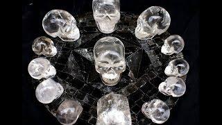 Calaveras de Cristal, El engaño de de Mitchell Hedges