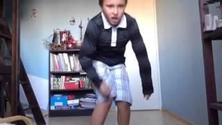 Quand on m'électrocute,je danse Michael Jackson