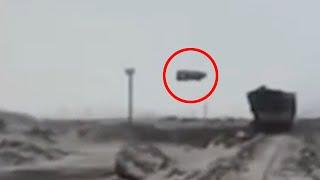 Recent Ufo Sighting Caught On Mobile Camera From Area 51!! Viral Evidence Of Unsolved Mystery!!