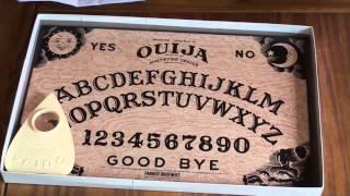 Unboxing Of Quija Board (Original 1972 Parker Brothers Mystifying Oracle)
