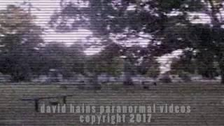 Fake or Real? Childrens Ghost Sighting In Graveyard | ¿Falso o real? Avistamiento de fantasmas