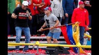maradona bailando como loco  con maduro  baila en venezuela maradona con la vandera venezolana
