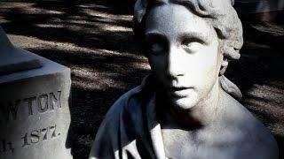HAUNTED Statue of Corinne - SPIRIT BOX Session!