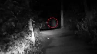 Scary Videos Of Ghosts Caught On Tape | Ghost On Haunted Road | Ghost Sightings 2015 | Scary Videos