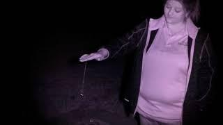 Investigator explaining the pendulum. Please watch and listen.