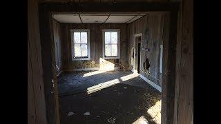 Spirit Box Session in Abandoned House