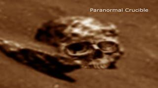 Giant Humanoid Skull Found On Mars