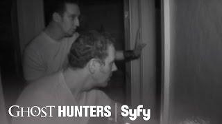 GHOST HUNTERS (Clips) | Final Episode: 'Knock Knock' | Syfy