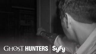 GHOST HUNTERS (Clips) | 'Dewey Death System' | Syfy