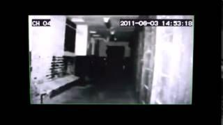 Feet Apparition At Ohio State Reformatory Captured By Eerie Paranormal