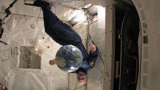 Ραντεβού στο ...διάστημα: Η καθημερινότητα του... - space