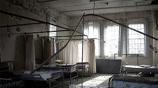 ABANDONED ASYLUM - Building Collapsing