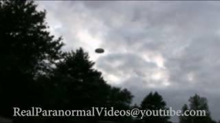 REAL OR FAKE?  UFO sighting Caught On Camera | ¿REAL O FALSO? OVNI avistamiento