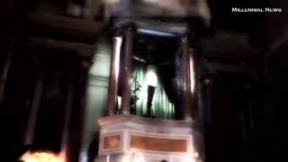 Ερευνητές του παραφυσικού έχουν σαστίσει!Άγαλμα του Ιησού ανοιγοκλείνει τα μάτια του!