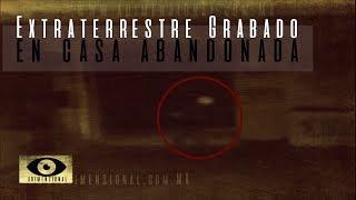 Extraterrestre grabado en una Casa (Video Paranormal)