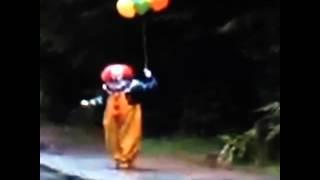 Clown Watch! Ahhhh! Warning! Creepy Clown! Vine