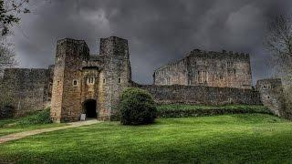 DISTURBING FOOTAGE FROM MOST HAUNTED CASTLE IN UK! (Screaming)