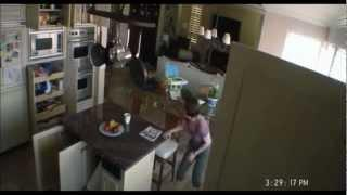 paranormal activity2 clip