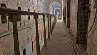 """chasseur de fantômes trailer film """"prison"""""""
