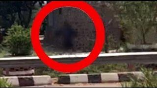 Black Ghost caught on tape !! scary ghost clip 2014 GHOST DEMON Scary Videos