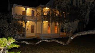 WE STAYED THE NIGHT IN THIS HAUNTED 1800'S MANSION (24 HOUR CHALLENGE)!