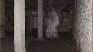 ΑΝΑΤΡΙΧΙΛΕΣ - Το Στοιχειωμένο Σπίτι