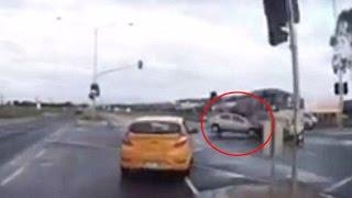 "Un ""coche fantasma"" provoca un accidente en una carretera de Australia"