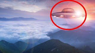 UFO Sighting with Glowing Lights in Malaysia | Alien Sighting