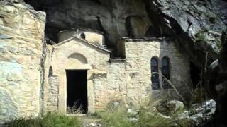 ΦΑΙΝΟΜΕΝΑ ΣΤΗ ΣΠΗΛΙΑ ΤΟΥ ΝΤΑΒΕΛΗ S01E08