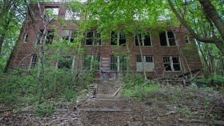 Most haunted schools new TOP 4