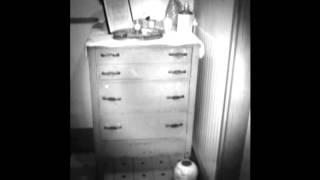 Spirit manefestion around old furnature. Paranormal Vlog.