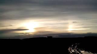 Три солнца!Чудеса природы.Оптическая иллюзия или Аномальное явление!!!
