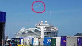 UFO Making Orbs Seen Over Ocean On Belgium Cruise