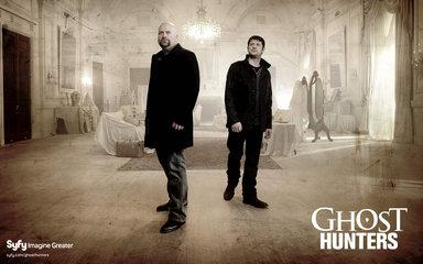 Ghost Hunters (S3 E3) - Shadow People