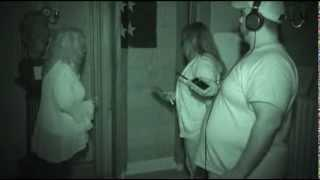 Ghost Detectives S1EP10 The Columns Museum