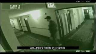 Un fantôme cri dans une chambre d'hôtel