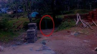 Mysterious Creature 2017 ! Shocking Real Ghost Attack Compilation, Ghost Videos