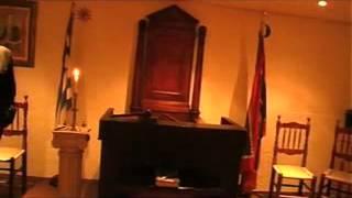Pyles tv   Η κάμερα τής εκπομπής  Οι Πύλες Του Ανεξήγητου διεισδύουν στα απόκρυφα των μασονικών στοώ
