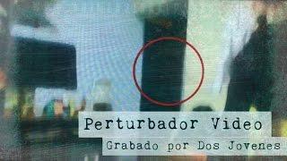 Perturbador Video grabado por Dos Jóvenes en CDMX Feat Pasillo Infinito (Video Paranormal)
