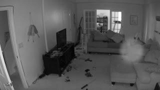 Cámara de seguridad capta un orbe fantasmal en una casa de Colorado