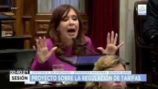 Cristina Kirchner destrosa a macri en 15 minutos