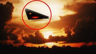 5 Greatest Mysterious UFO Sightings Caught On Camera!!