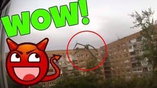 Monstruo captado en edificio - Stick Figure