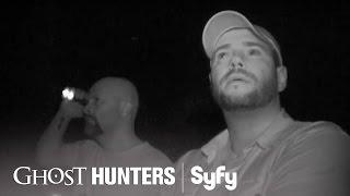GHOST HUNTERS (Clips) | 'Take a Bow' | Syfy